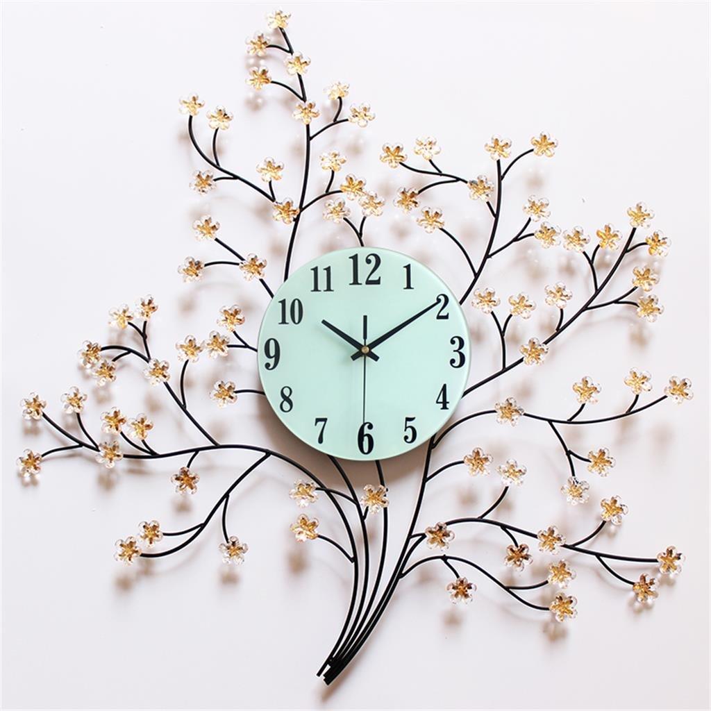 明るいリビングルームの壁時計サイレントメタルクロック B07D1NQMT4