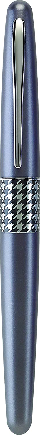 Modern Design Fountain Pen with Retro Patterns Dots Accent Turquoise Barrel Pilot MR Retro Pop Collection Fountain Pen 91446 Medium Stainless Steel Nib Stainless Steel Nib Refillable Black Ink