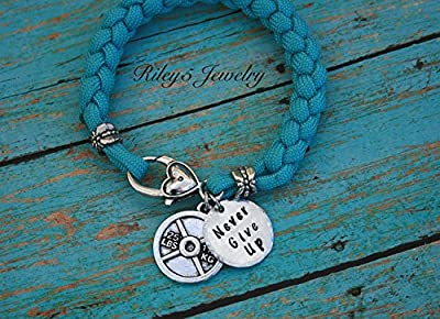 Never Give Up Weight Plate Paracord Bracelet Workout Bodybuilding weight lifting weight training Jewelry - Charm bracelet - Womens jewelry