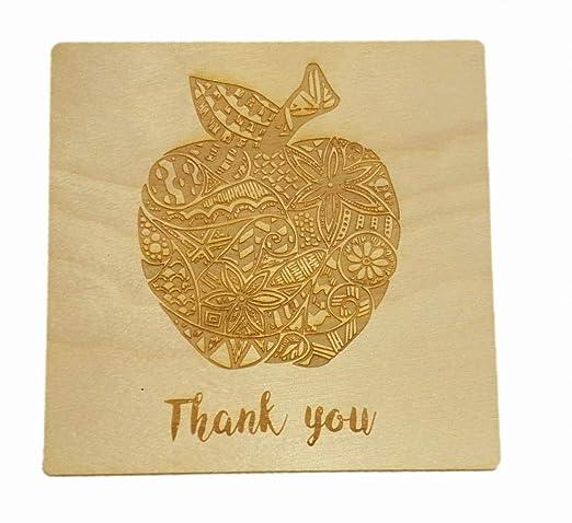 Tarjeta de manzana personalizada con diseño de garabatos ...