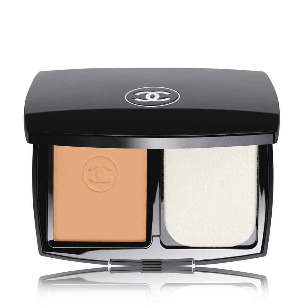 Chanel LE TEINT ULTRA TEINT COMPACT PERFECTION HAUTE TENUE FINI MAT LUMINEUX SPF 15 # 50 BEIGE
