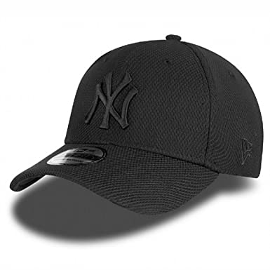 f5487539679c7f New Era 39thirty NY New York Yankees Diamond Era Curved Peak Black Hat Cap:  Amazon.co.uk: Clothing