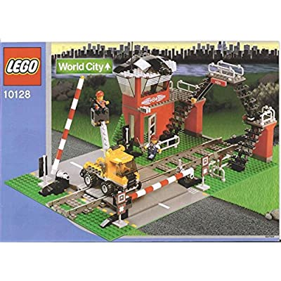 LEGO: City Train Level Crossing: Toys & Games