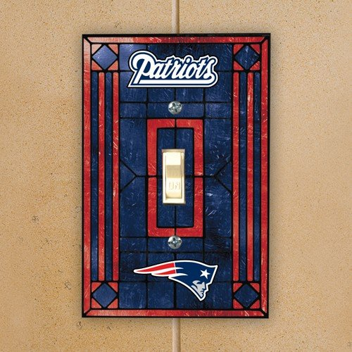 (NFL New England Patriots Navy Blue Art-Glass Switch Plate)