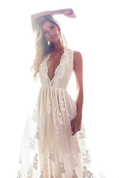 becd7ba9a8 Mileyhouse Bohemia Lace Bridal Gown V-Neck Vintage Long Beach Boho Wedding  Dresses: Amazon.ca: Clothing & Accessories