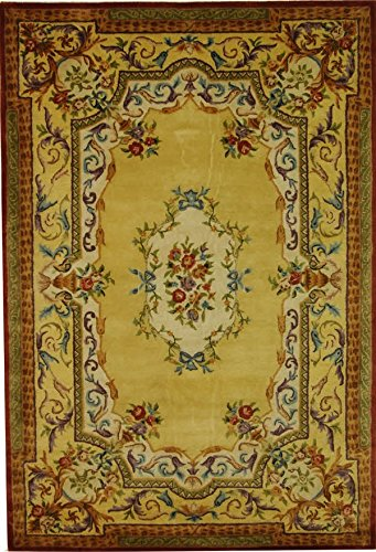 (Gold Traditional Aubusson rug by Safavieh Empire in 6'x9')