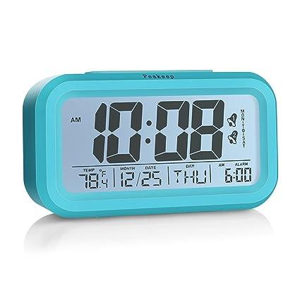 Despertador de reloj digital de Peakeep con 2 alarmas para modo opcional de semana, función