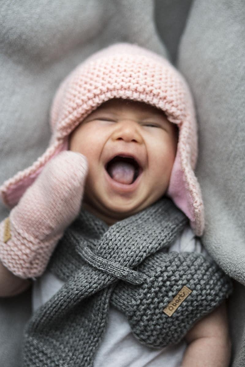 Barts-Echarpe Naissance en Fourrure Polaire Blanc Ivoire bébé Fille du 3 au 12  Mois  Amazon.fr  Vêtements et accessoires d96fdfa2fc4