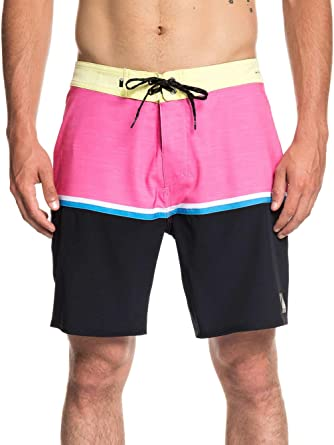f3b6e6e8a2 Amazon.com: Quiksilver Highline Division 18in Boardshorts: Clothing