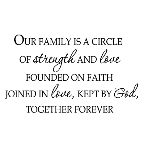 Amazon.com: VWAQ Our Family is a Circle of Strength and Love ...
