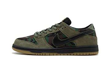 559539a84a9f Amazon.com  Nike SB Dunk Low Camo - US 4.5  Shoes