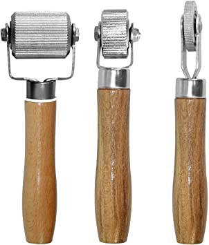 Car Sound Deadening Hand Roller Sound Noise Insulation Tool 3PCS For Auto Noise Roller Car Sound Deadener Application Installation Tool Rolling Wheel Interior Accessories Working Area with Wood Handle