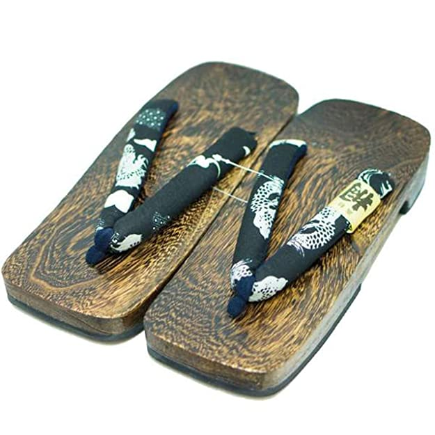 sandalias tipicas japon de madera