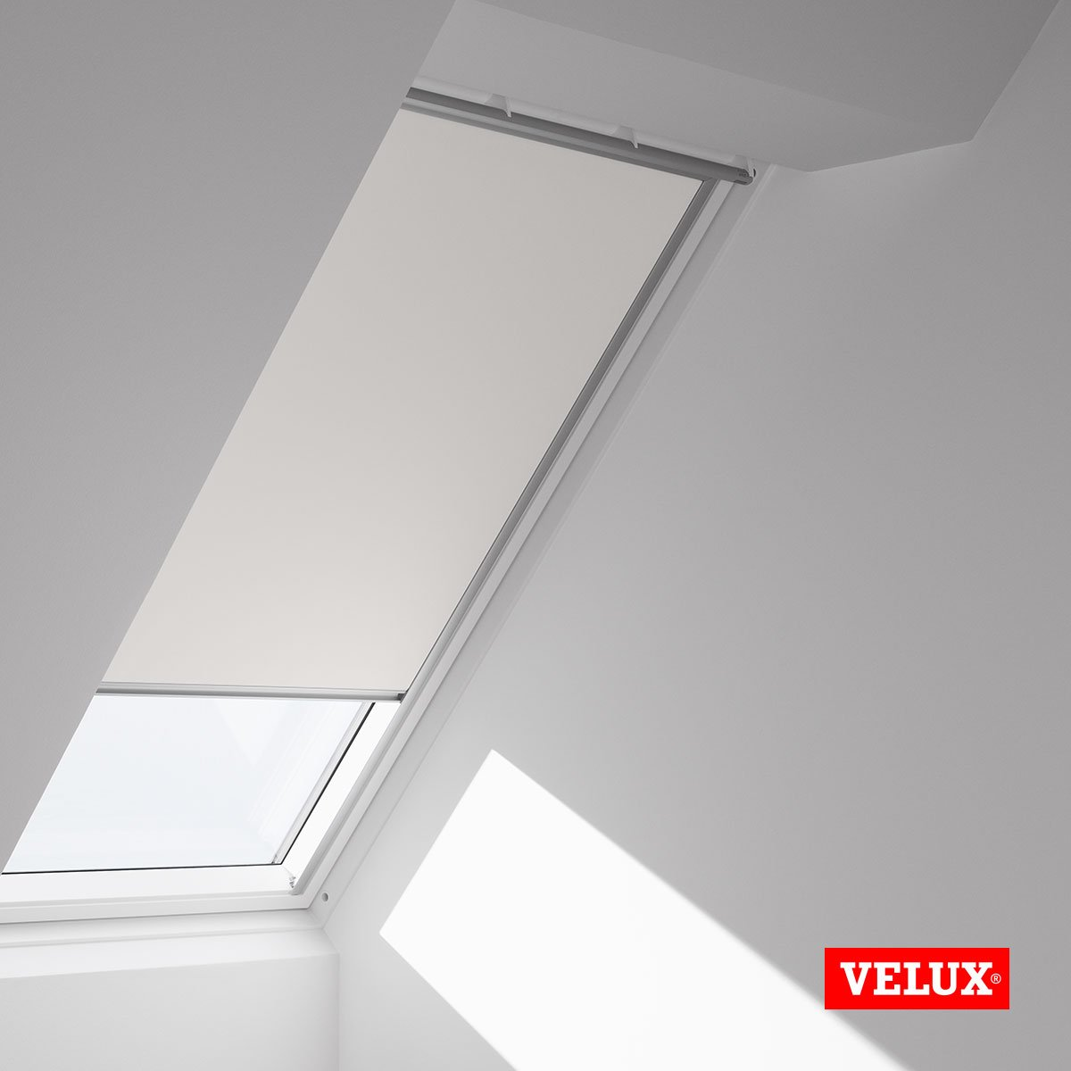 velux ggu sk06 free ggl animation with velux ggu sk06. Black Bedroom Furniture Sets. Home Design Ideas
