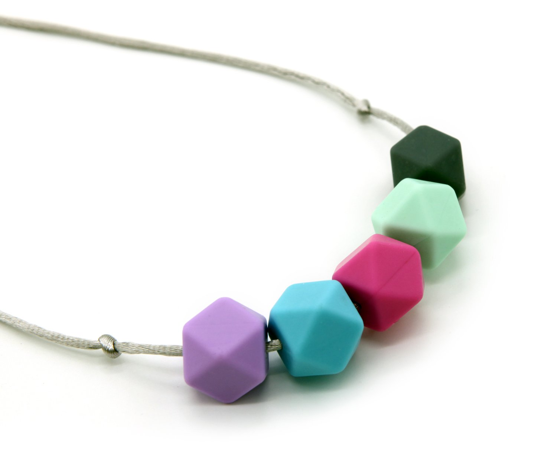 今季ブランド Deeyee Baby BPA Silicone Teething Nursing Necklace Jewelry - Sweet - BPA Free and FDA Approved - Sweet Cube (Grey-Mint-Rose-Blue-Purple) by Deeyee B01DLZVTS2, サクシ:328d6b71 --- a0267596.xsph.ru