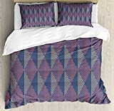 Contemporary King Size Duvet Cover Set by Lunarable, Three Dimensional Pattern Zigzag Line Arabian Culture Inspired Abstract, Decorative 3 Piece Bedding Set with 2 Pillow Shams, Coral Peach Black