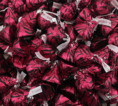 Kisses Milk Chocolates Filled with Cherry Cordial Crème (Pack of 2 Pound) (Creme Chocolates Filled)
