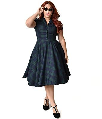 Unique Vintage Plus Size 1950s Style Navy Emerald Tartan Short