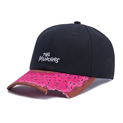 Amazon.com  Cayler   Sons Snapback Cap - Munchies Curved Black mc ... 8dfb8932234