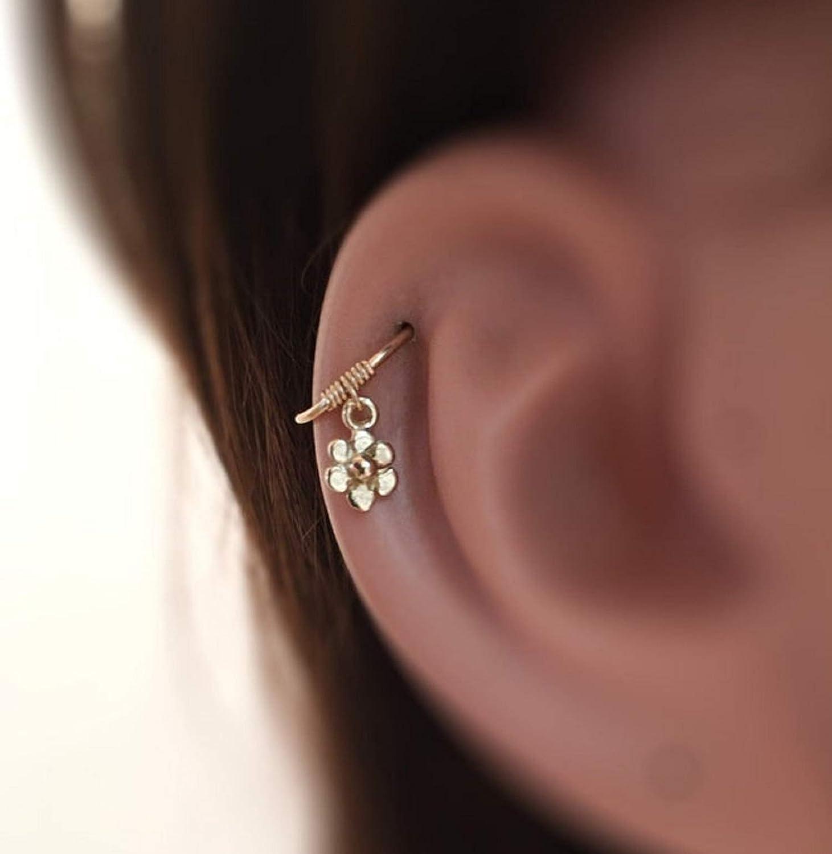 Cubic Zirconia Flower 14K Yellow Gold Cartilage Earring 18G 516