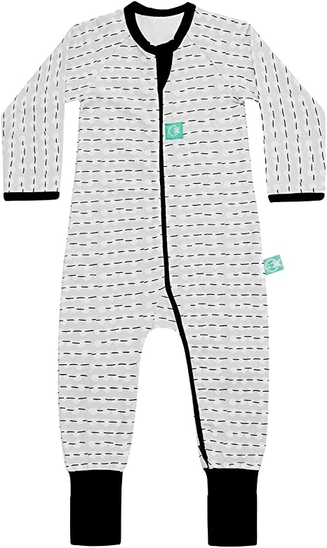2-Way Zip ergoPouch 0.2 TOG Long Sleeve Romper Size 1 Year, Midnight Arrows Organic Cotton