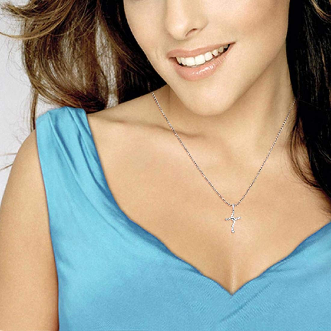 Without Chain Candere 14K Gold Cross Diamond Pendant for Women//Girls