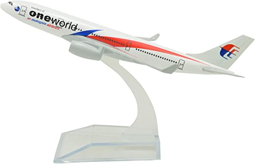 TANG DYNASTY(TM) 1:400 16cm Malaysia Airlines Airbus A330 ONE World Metal Airplane Model Plane Toy Plane Model
