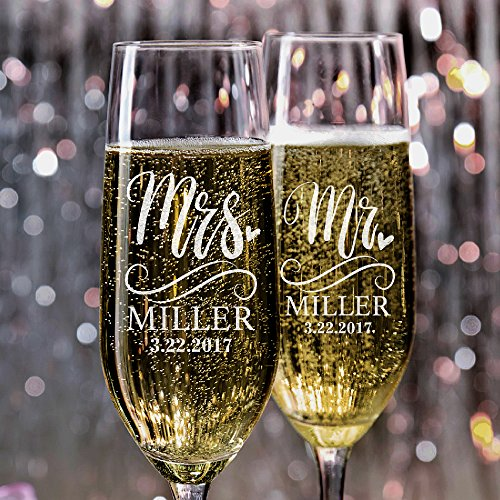 P Lab Set of 2, Mr. Mrs. Heart Last Name & Date, Personalized Wedding Champagne Flutes, Wedding Toasting Glasses for Bride and Groom - Customized Etched Flutes of Wedding Gift -
