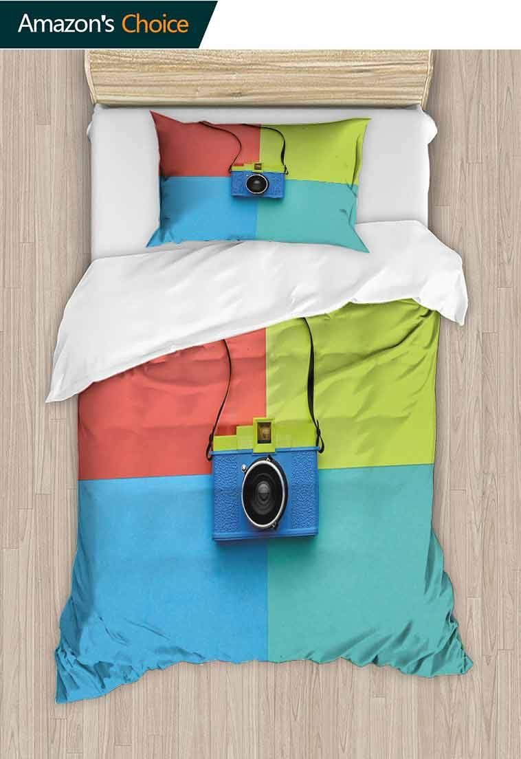 Pastel Diy Quilt Cover and Pillowcase Set, Retro Style Fashion Film Camera on Colorful Backdrop Hipster Pop Urban Accessories, Print, Decorative Quilted 2 Piece Coverlet Set with 1 Pillow Shams,
