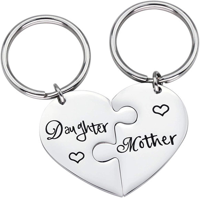 Adokiss Llavero de acero inoxidable, 1 par de puzle de corazón con placa militar grabada para hija y madre