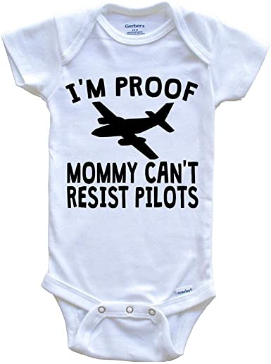 Funny Figure Skating Onesie I/'m Proof Mommy Can/'t Resist Figure Skaters Baby Bodysuit