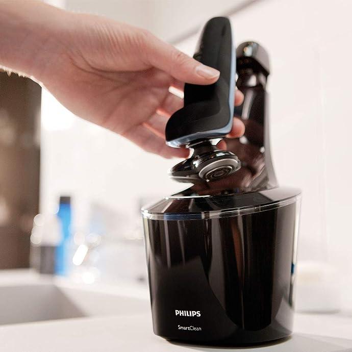 Philips 飞利浦 S9211/26 干湿两用电动剃须刀 带清洁桶 ¥1123.59
