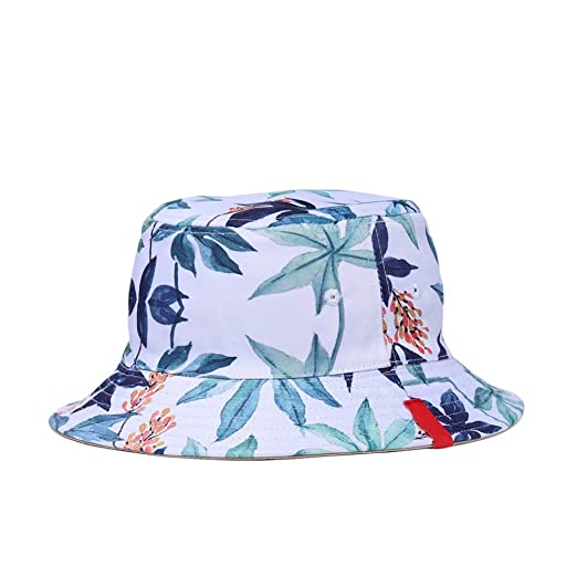 a2e97428572 Amazon.com  Double-sided Reversible Bucket Hat 3D Printed Fisherman Hats  Summer Spring Caps Casual Sunhat for Men Women (White Maple Leaf)  Clothing