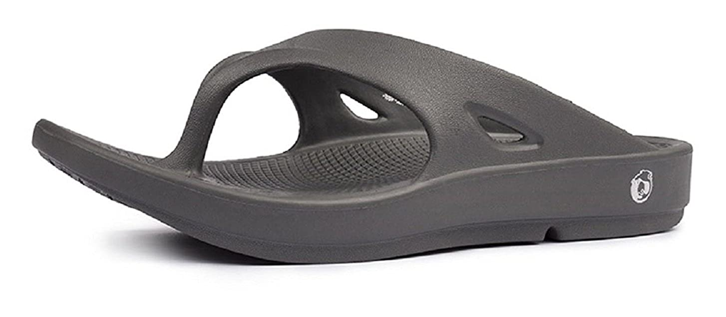 7798d77484cf68 Neoz Men s Levirex Carbon Casual Flip Flops  Buy Online at Low Prices in  India - Amazon.in