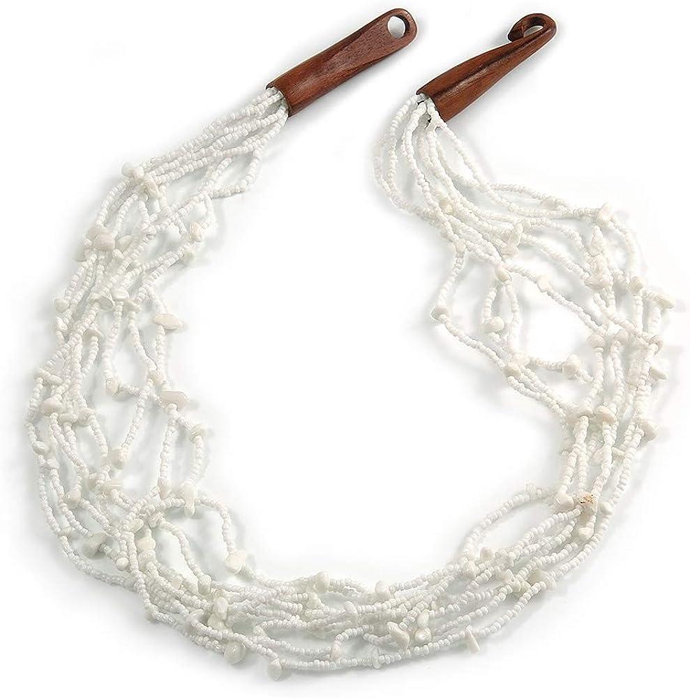 Avalaya Collar étnico de perlas de cristal blanco nieve con cierre de gancho de madera, 60 cm de largo