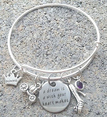A dream is a wish your heart makes bracelet, Princess Bracelet, Slipper, Carriage, Princess, (Cinderella Heart Charm)