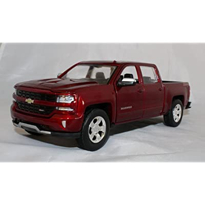 Showcasts Collectibles 2020 1/27 Scale Chevy Silverad 1500 LT Z71 Crew Cab Truck diecast Model Motormax: Toys & Games