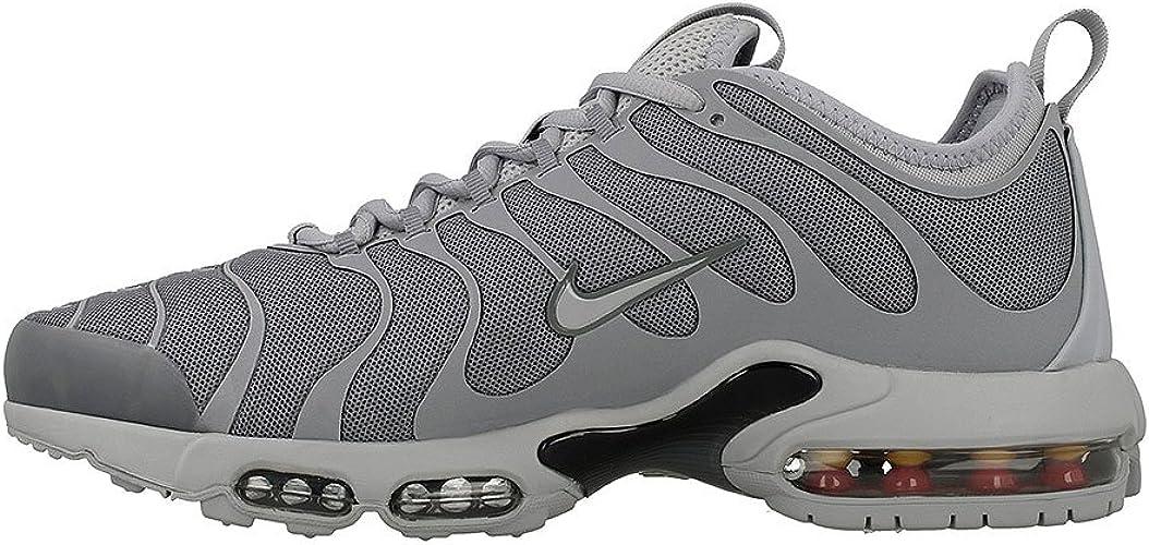Nike , Chaussures de Gymnastique pour Homme Gris Gris