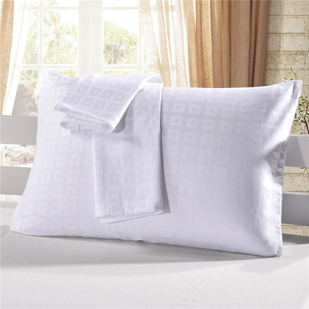 WarmGo Hotel Style White Checked Style Pillowcases King Size Pillow Protectors Hidden zipper 100% Cotton 20''x40''
