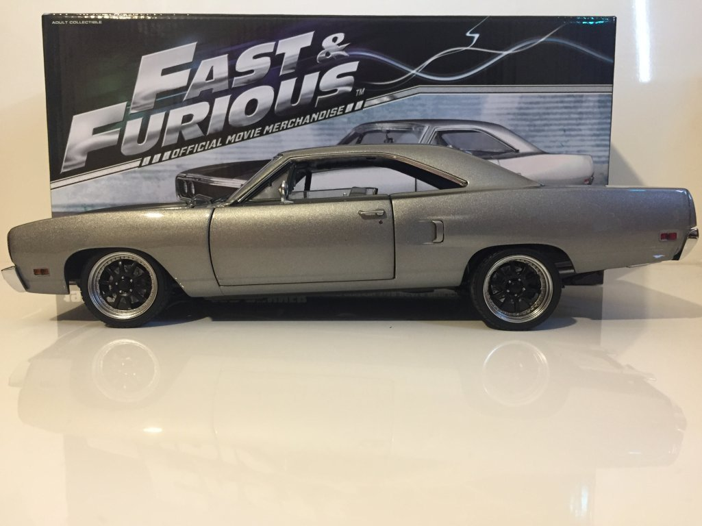 G.P.M. GMP – Plymouth – Road Runner – 1970 – Fast and Furious Auto Miniatur-Collection, 18857, schwarz grau