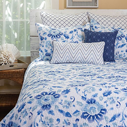 C&F Home Sasha Blue 3 Piece Quilt Set All-Season Reversible Bedspread Oversized Bedding Coverlet, Full/Queen Size, (Sasha Bed)