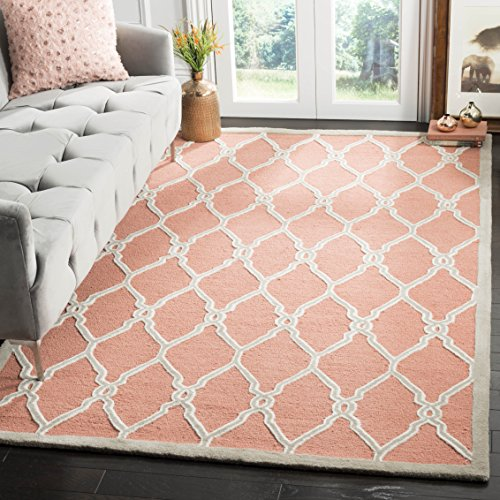 Safavieh Cambridge Collection CAM352W Handcrafted Moroccan Geometric Coral and Ivory Premium Wool Area Rug (5' x 8') (Rugs Colored Coral)