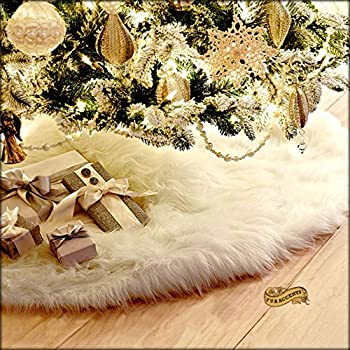 soft shaggy faux snow furry christmas tree skirt decoration round with slit and opening for tree - Furry Christmas