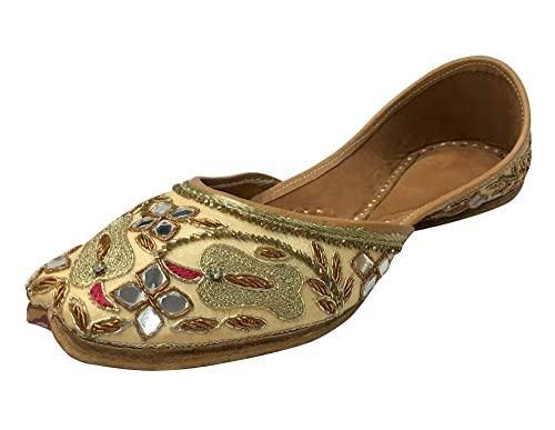 c8dae6b43 Step n Style Punjabi Jutti Flip Flop Khussa Shoes Indian Shoes Mojari  Wedding Shoes  Buy Online at Low Prices in India - Amazon.in