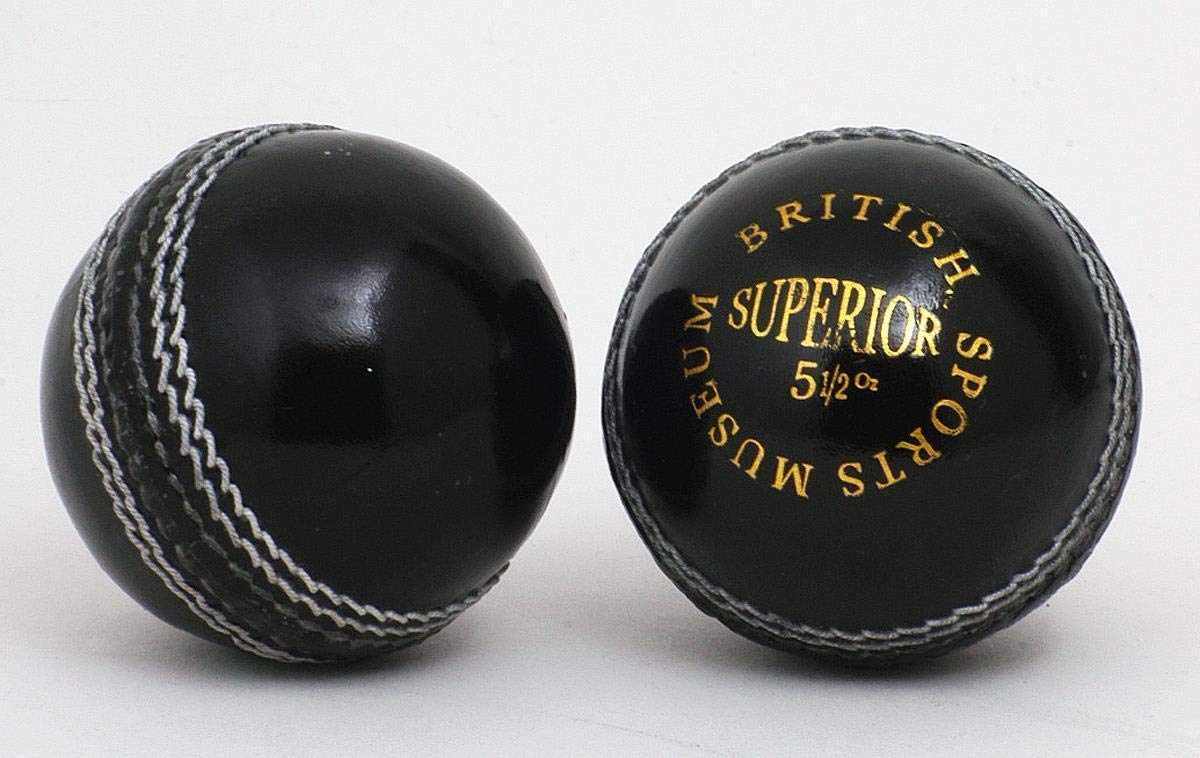 British Sports Museum Superbe Noir 5 1/2oz Cuir Balle de Cricket