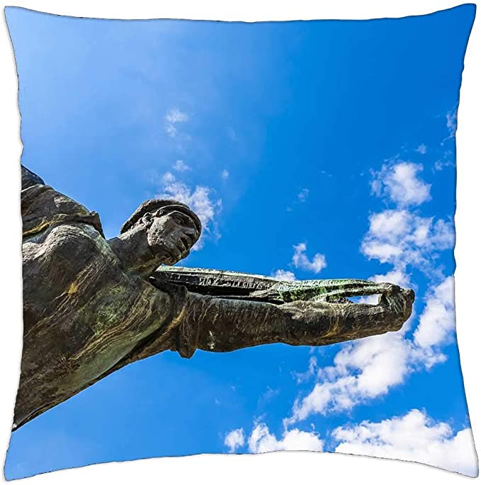 Etgeed Statue Communist Communism Monument Sculpture Throw Pillow Covers For Sofa Couch Bed Home Decoration 18 X 18 Inch Amazon Co Uk Kitchen Home