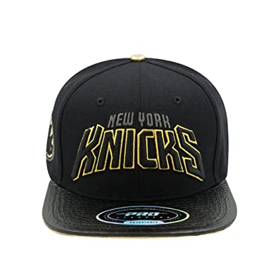 best service d76e2 a0812 Image Unavailable. Image not available for. Color  Pro Standard Men s NBA  New York Knicks Wordmark Logo Strapback Hat Black