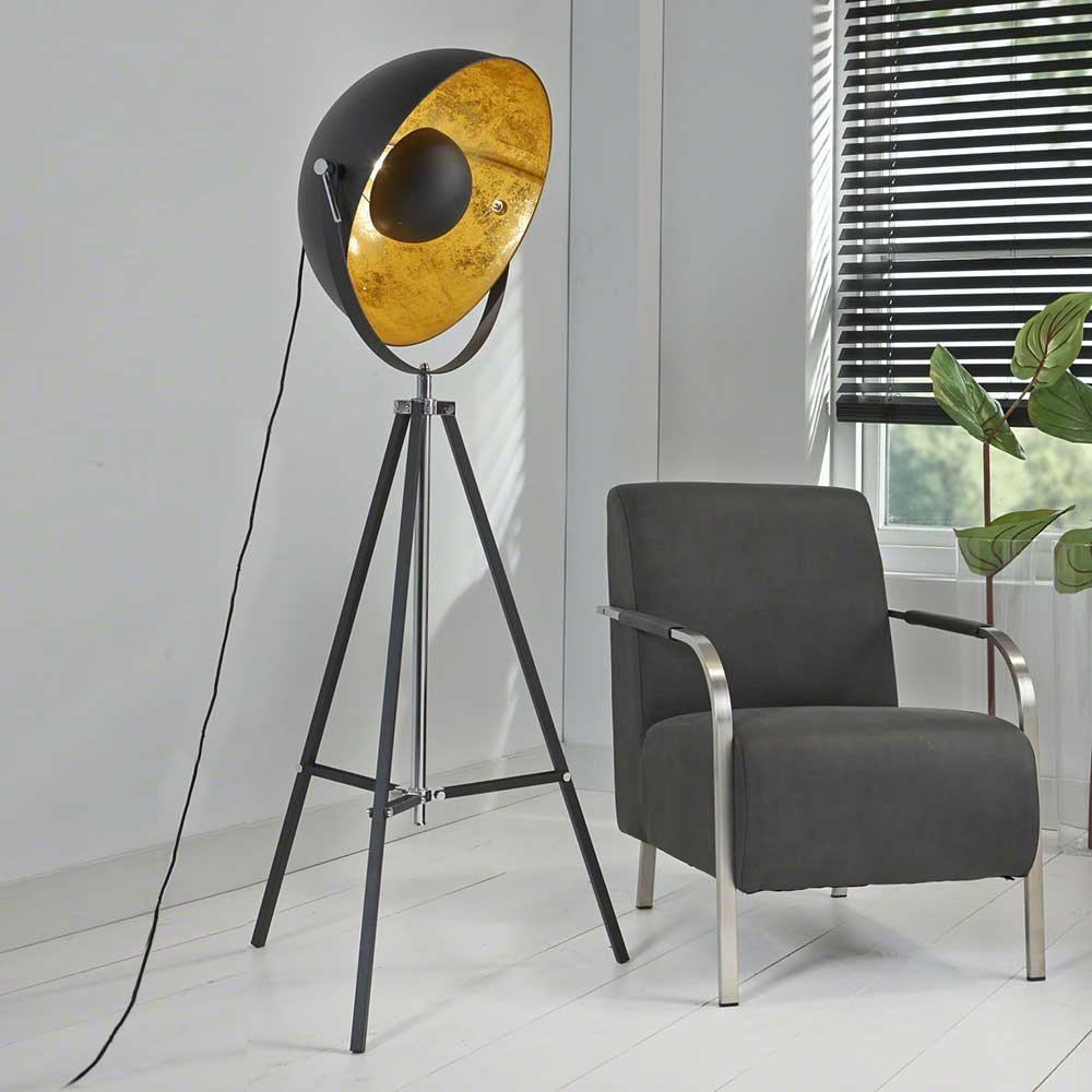 Pharao24 Design Stehleuchte In Schwarz Gold Industriedesign