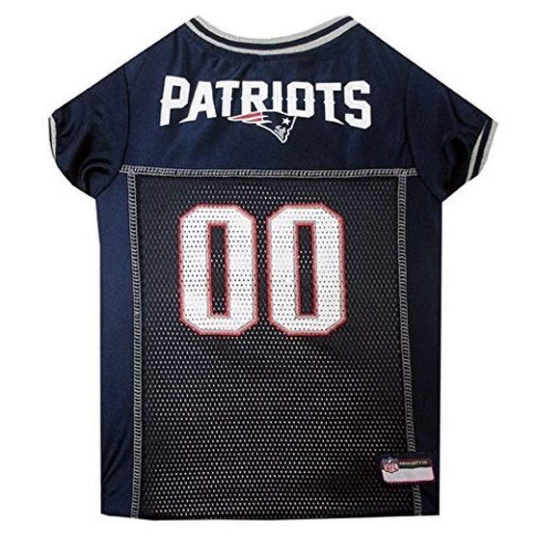 c9dacada Amazon.com: NFL Superbowl LI Champion New England Patriots Themed ...