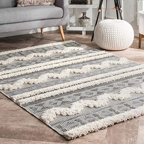 "nuLOOM Jillian Geometric Tribal Area Rug, 5' 3"" x 7' 7"", Off White from nuLOOM"